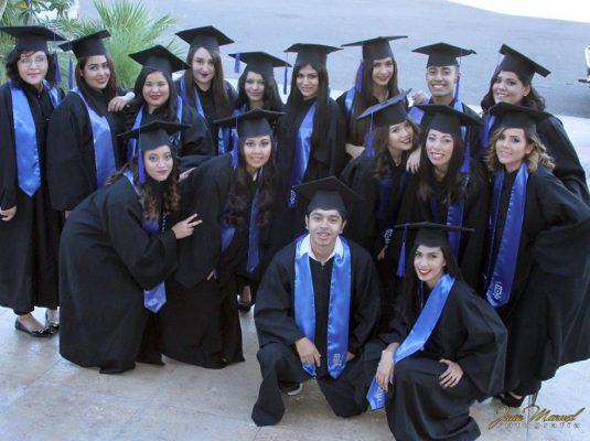 Ceremonia de graduación de nuestra cuarta generación.